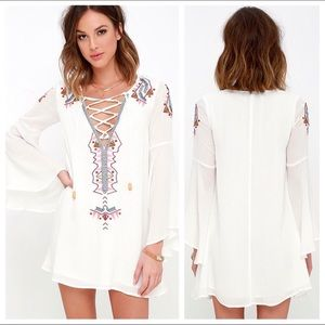 Lulu's Bell Sleeve Embroidered Shift Dress NWT